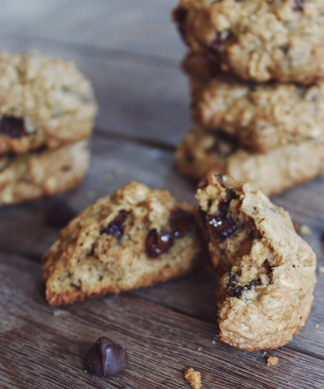 Maple Oatmeal Chocolate Cookies