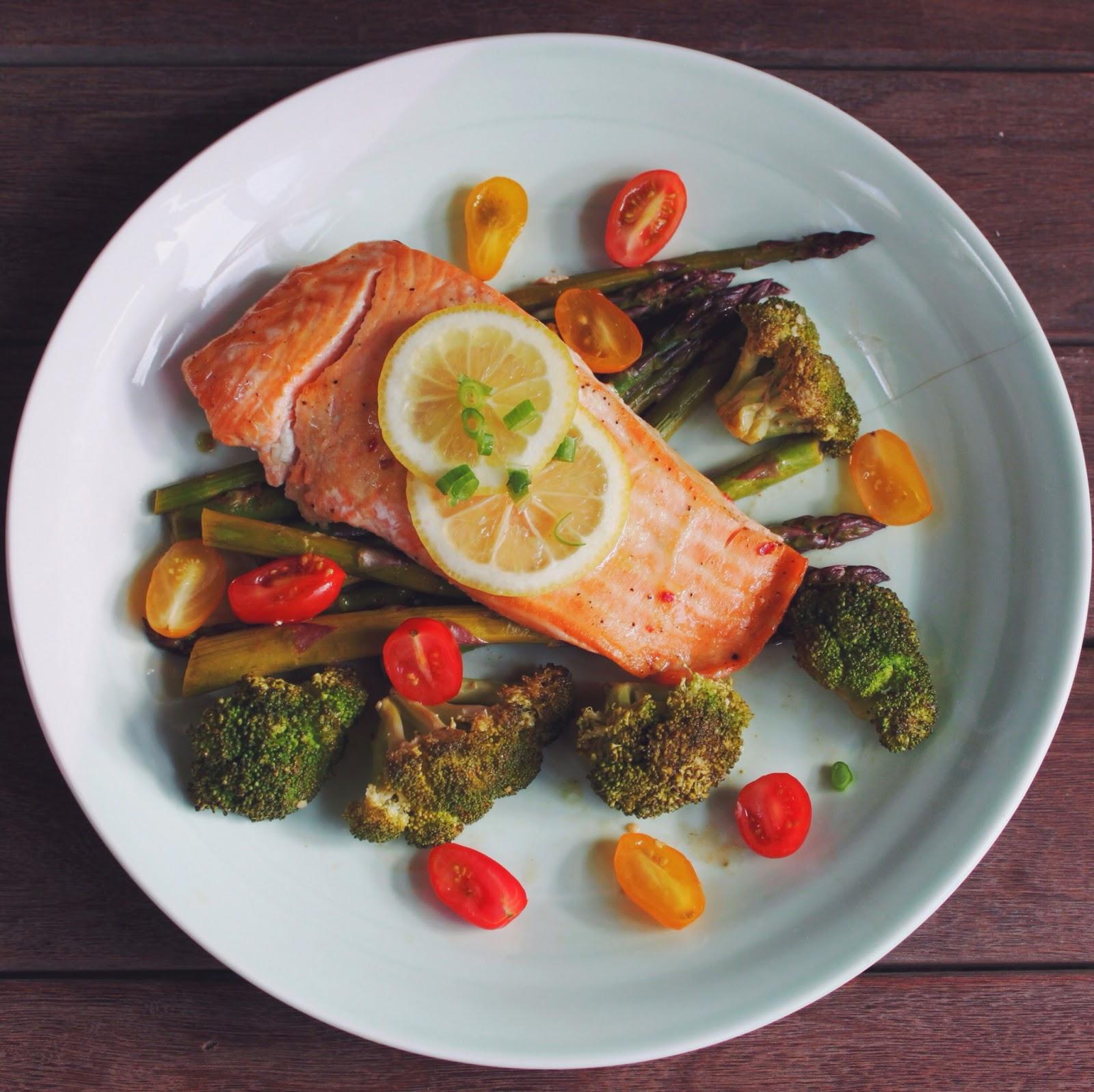 One-Pan Baked Salmon and Veggies - Gypsy Tan