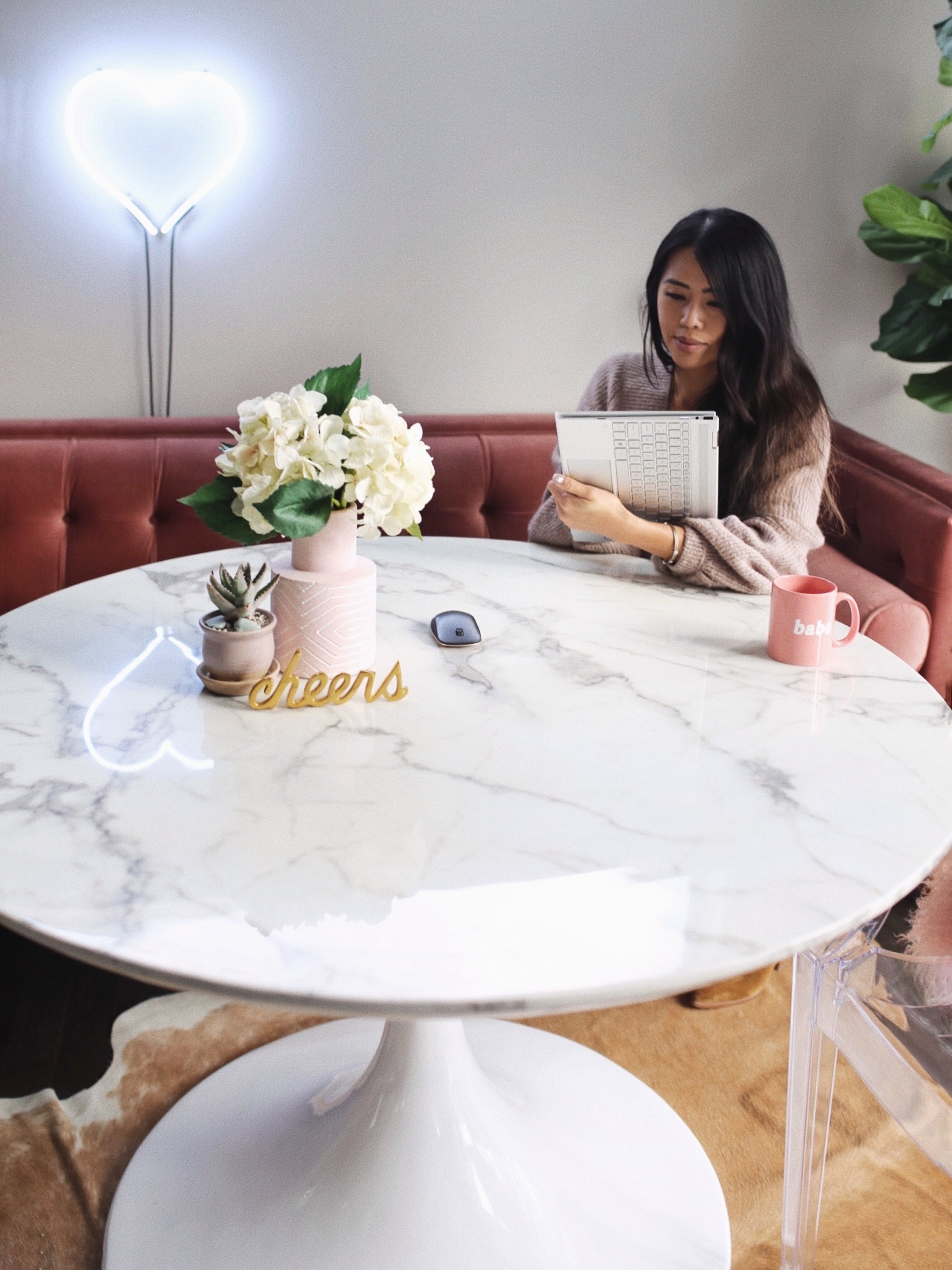 Day In the Life of a Fashion Blogger HP SPECTRE X360