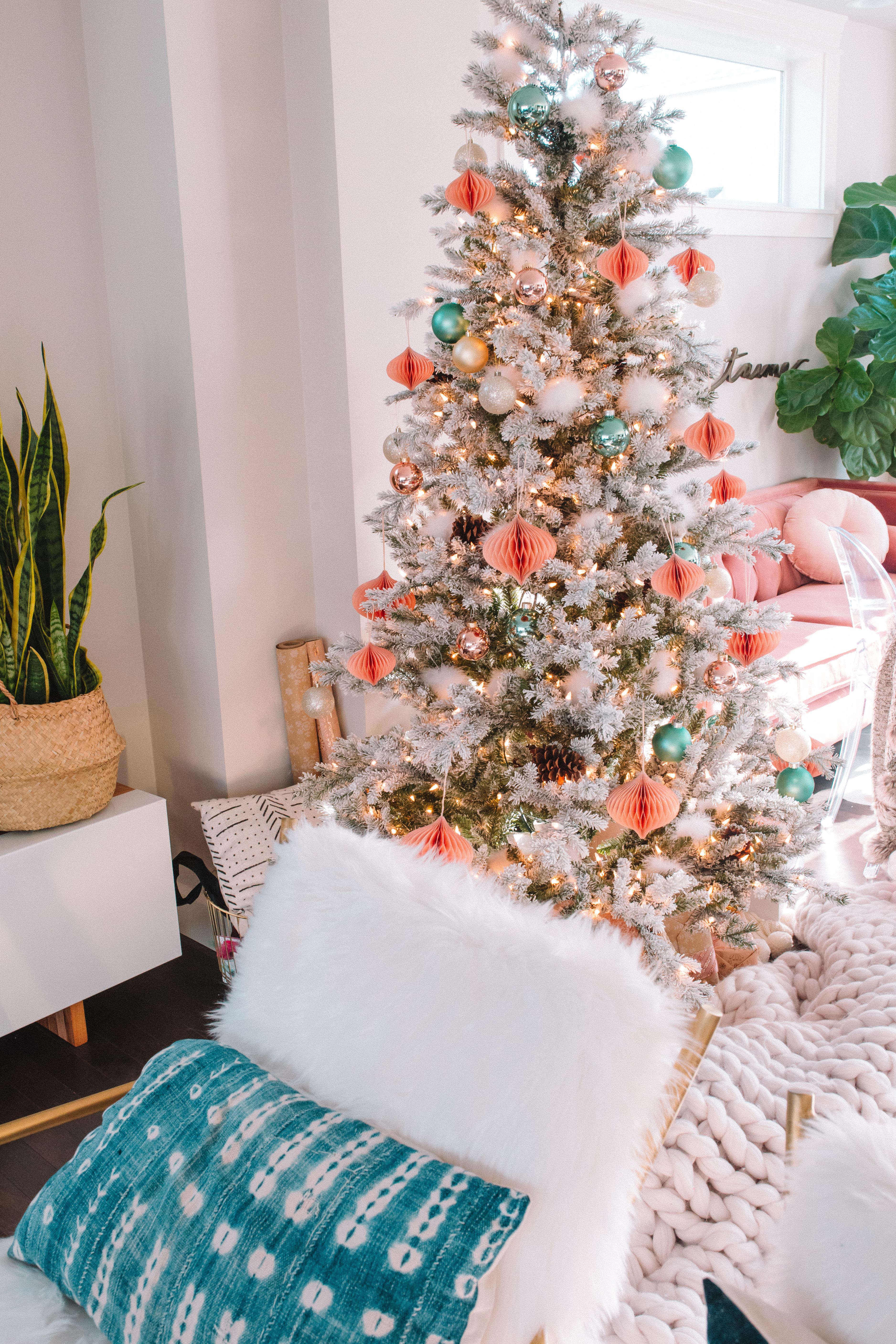 Christmas Tree Theme Ideas.Christmas Tree Decor Ideas Gypsy Tan